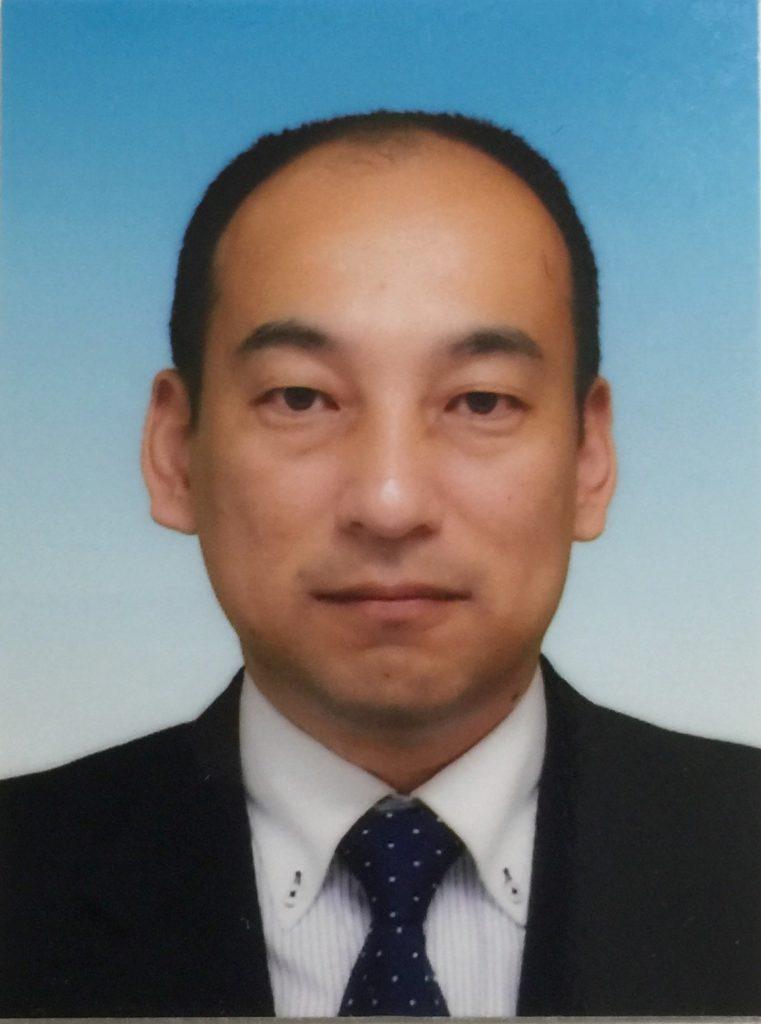 渡辺博士 正面写真